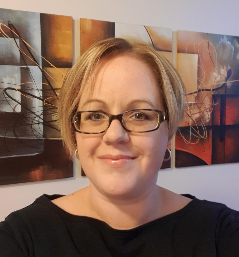 Nicole MacDonald profile image.